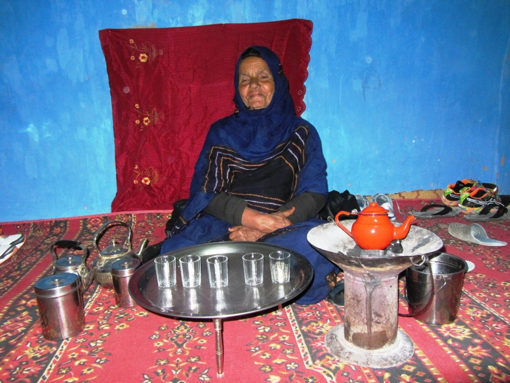 Ora 2AM - primul ceai verde in Sahara